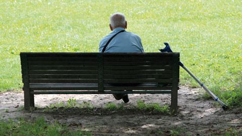 wpid-older-man-on-a-park-bench.jpg