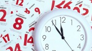 How should employers manage workers on annualised hours contracts?