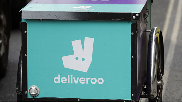Deliveroo wins right not to give riders minimum wage or holiday pay