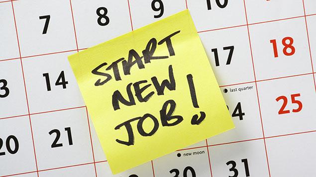 Starting a new job post it note on a calendar