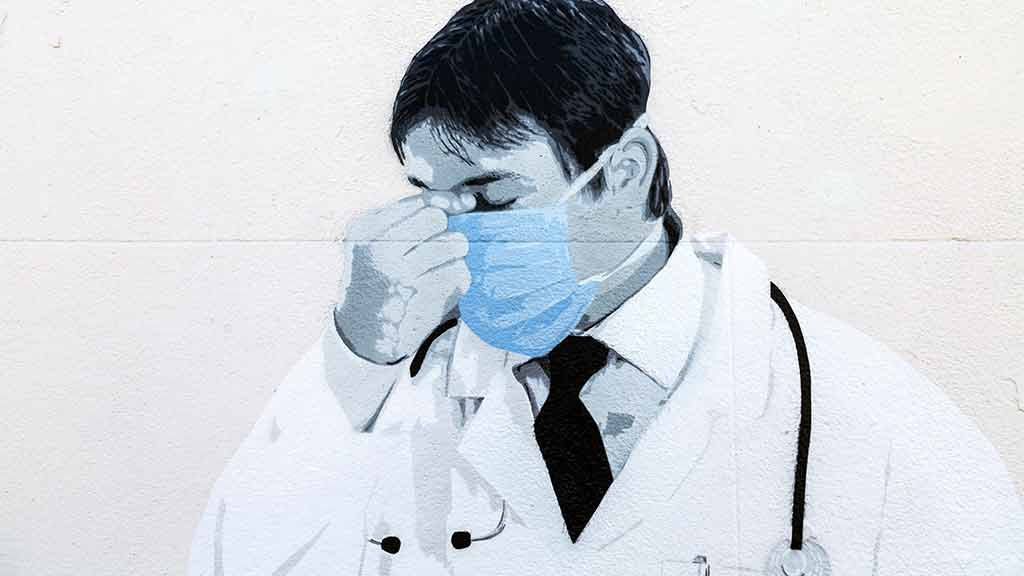 A mural of an NHS doctor by Catman in Whitstable, Kent. Photo: Nathaniel Noir / Alamy Stock Photo